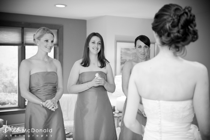 wedding at the red barn at outlook farm in kennebunkport maine wedding photographer brea mcdonald photography