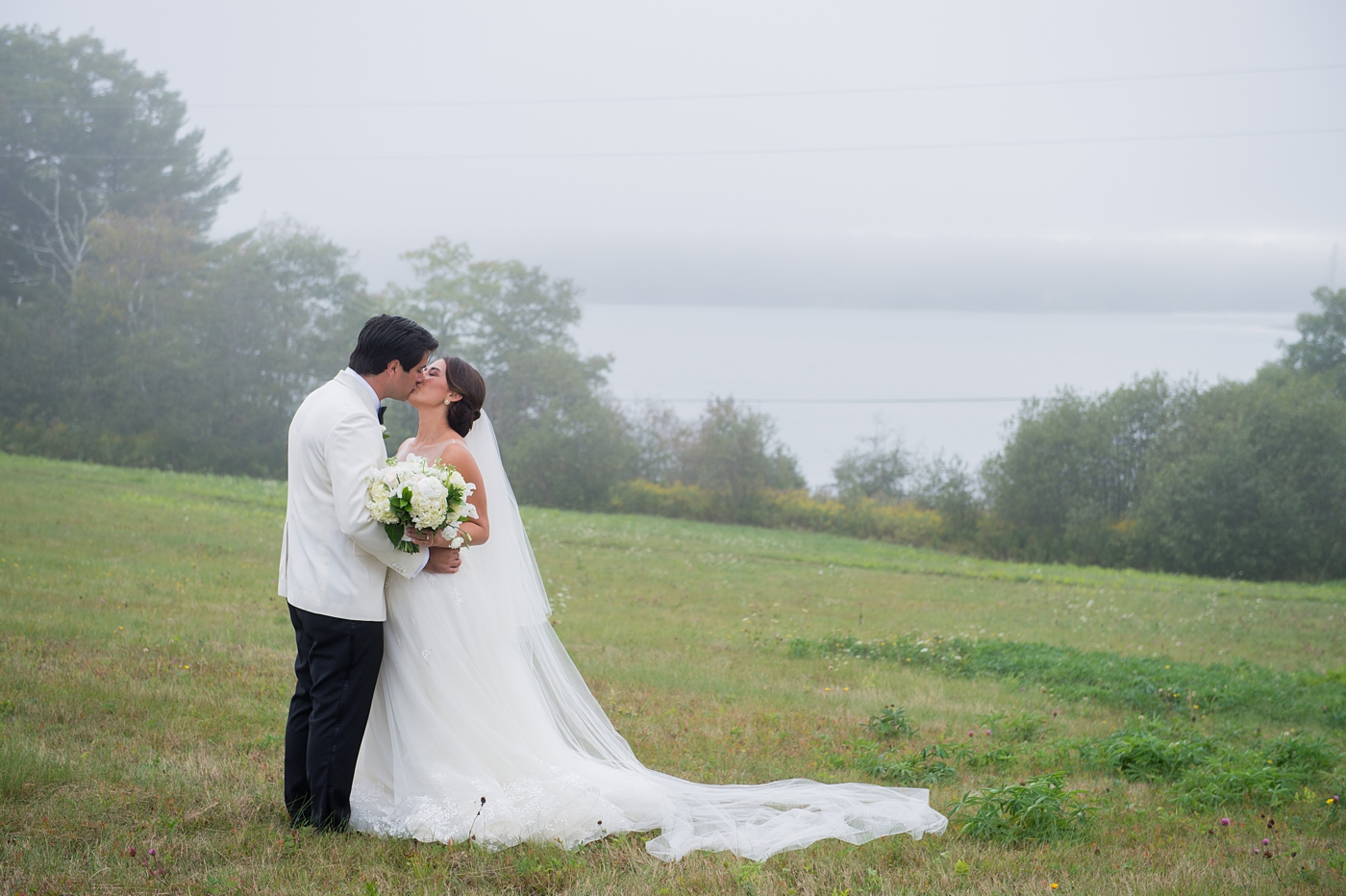waldoboro maine wedding downeast maine wedding photographed by brea mcdonald photography