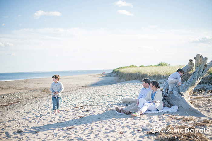 Coastal Maine Family Beach Portraits photographed by brea McDonald of Brea McDonald Photography coastal beach protraits coastal new england family beach portraits family lifestyle portraits
